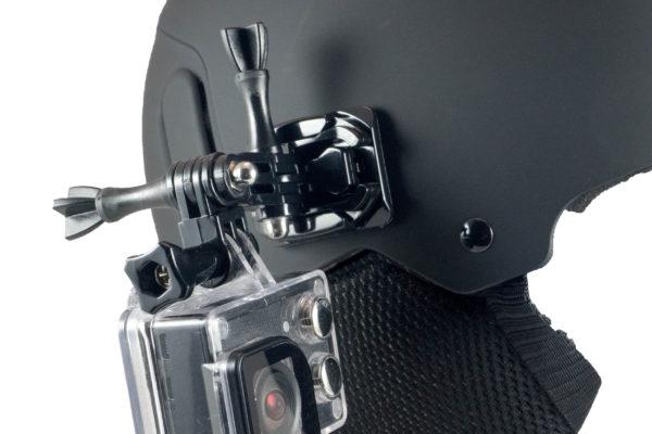 Helm met cammount2